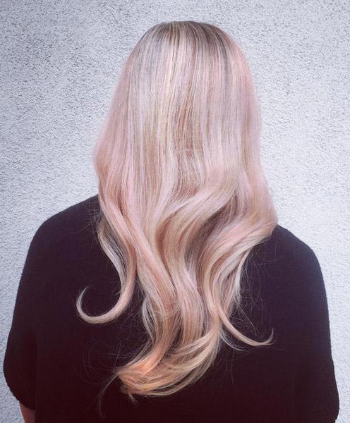 美发           纯然的粉色并不如渐变的来的更漂亮,当头发本身漂成超图片